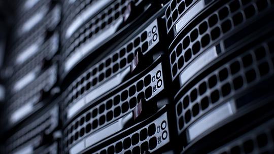 Analog Bits SOC Server Image - Bank of Servers